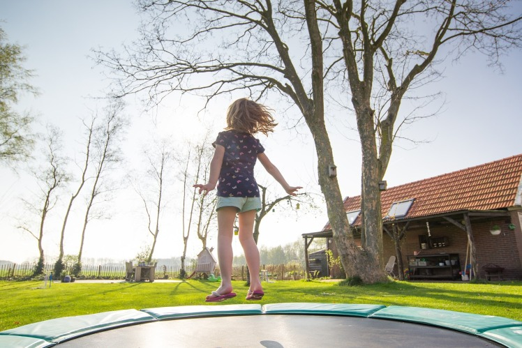 trampoline-2227667_1280